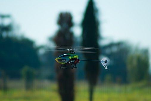 profesiones con más futuro, piloto de drones